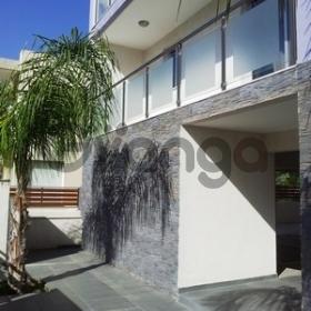 Продается Апартаменты 2-ком 136 м²