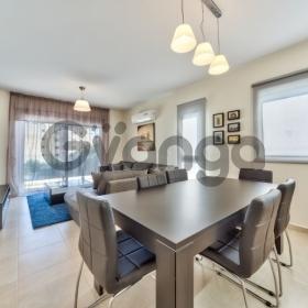 Продается Апартаменты 3-ком 100 м²