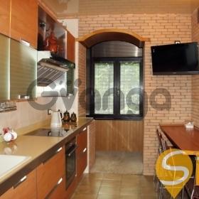 Продается квартира 4-ком 108 м² Институтская ул., метро Крещатик