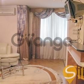 Сдается в аренду квартира 2-ком 67 м² Михайловская ул., метро Площадь Независимости