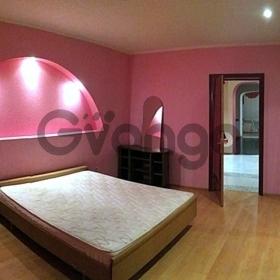 Сдается в аренду квартира 3-ком 126 м² Братский, 39а