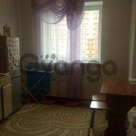 Сдается в аренду комната 2-ком 60 м² Октябрьский,д.3