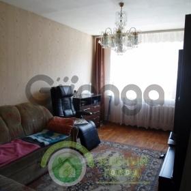 Продается квартира 3-ком 65 м² Калужская