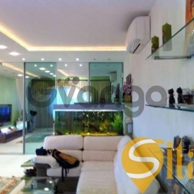 Продается квартира 3-ком 140 м² Героев Сталинграда ул., д. 8