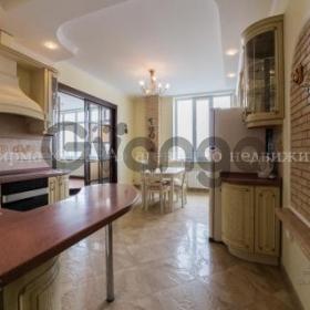 Продается квартира 3-ком 130 м² Семашко пер., 117г