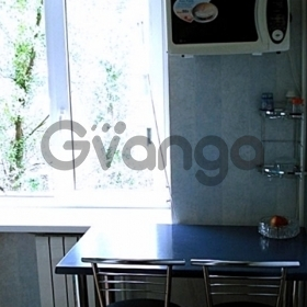 Сдается в аренду квартира 2-ком 45 м² Красноармейская, 43а
