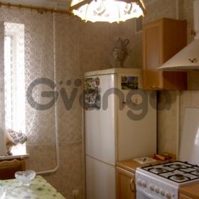 Продается квартира 3-ком 56 м² Крылова