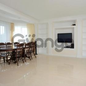 Продается квартира 4-ком 280 м² ул. Мельниченка, 30