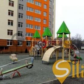 Продается квартира 3-ком 80 м² Космонавта Комарова ул.