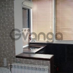 Сдается в аренду квартира 2-ком 72 м² Овражная,д.4