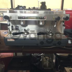 Продам двухпостовую кофеварку Faema E98 president s