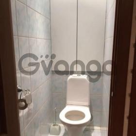 Сдается в аренду квартира 3-ком 76 м² Зеленая,д.20