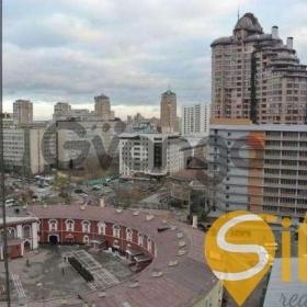 Продается квартира 2-ком 83.5 м² Щорса ул.