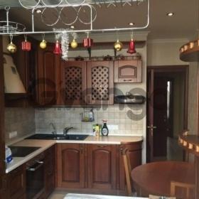 Сдается в аренду квартира 2-ком 68 м² Кирова,д.7