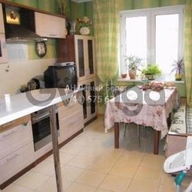 Продается квартира 3-ком 81 м² ул. Симиренко, 5, метро Академгородок