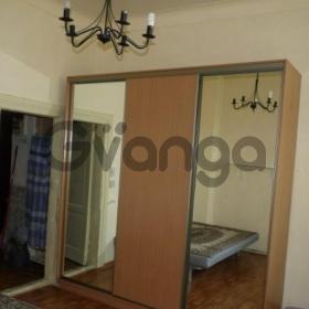 Сдается в аренду комната 3-ком 58 м² Ковровый,д.5