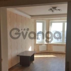 Сдается в аренду квартира 2-ком 85 м² Авиарембаза,д.8