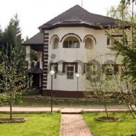 Сдается в аренду дом с участком 500 м²