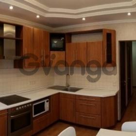 Сдается в аренду квартира 2-ком 64 м² Ухтомского Ополчения,д.3, метро Выхино