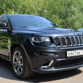 Jeep Grand Cherokee SRT8 6.4 AT (468 л.с.) 4WD 2014 г.