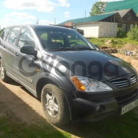 Ssang Yong Kyron 2.0d MT (141 л.с.) 4WD 2007 г.