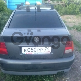 Volkswagen Polo 1.6 MT (101 л.с.) 1999 г.