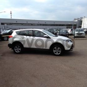 Toyota RAV 4 2.0 MT (145 л.с.) 4WD 2013 г.
