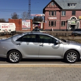 Toyota Camry 2.5 AT (181 л.с.) 2012 г.