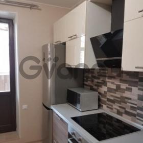 Сдается в аренду квартира 2-ком 64 м² Триумфальная,д.4