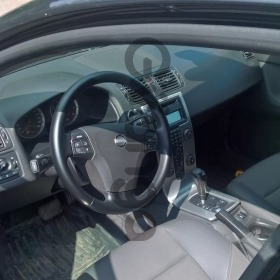 Volvo S40 2.4 AT (170 л.с.) 2005 г.
