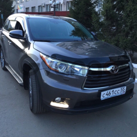 Toyota Highlander 3.5 AT (249 л.с.) 4WD 2014 г.