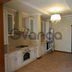 Продается квартира 2-ком 81.2 м² ул. Приморская, 1