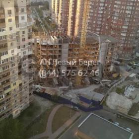 Продается квартира 2-ком 61 м² ул. Драгоманова, 35, метро Позняки