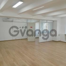 Сдается в аренду  офисное помещение 725 м² Калужская м. ул. 15 стр.16
