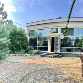 Сдается в аренду дом 5-ком 400 м² Зверинецкая ул.