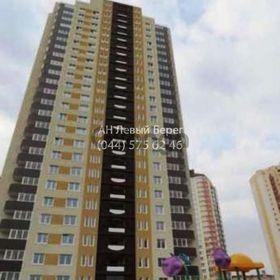 Продается квартира 2-ком 70 м² ул. Урловская, 24, метро Позняки