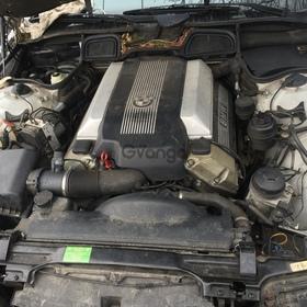 Двигатель (мотор) М62 TU B44