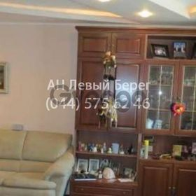 Продается квартира 2-ком 76 м² ул. Григоренко Петра, 28, метро Позняки