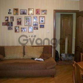 Продается квартира 2-ком 43.6 м² ул. Академика Лаврентьева, 1