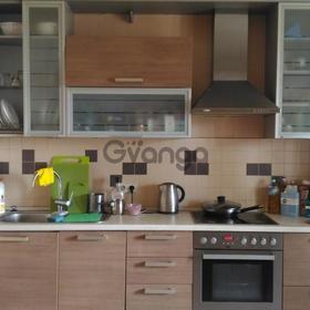 Сдается в аренду квартира 2-ком 60 м² Чистяковой,д.14