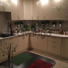 Сдается в аренду квартира 3-ком 82 м² Березовая,д.8