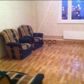 Сдается в аренду квартира 3-ком 80 м² Чистяковой,д.76
