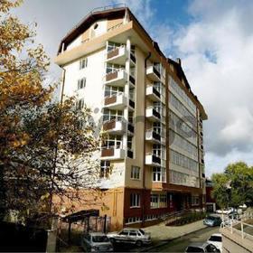 Продается квартира 2-ком 93 м² ул. Челюскинцев, 47