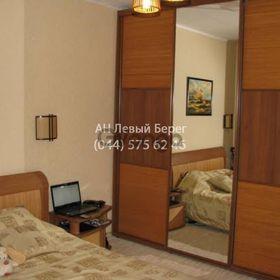 Продается квартира 3-ком 82 м² ул. Вишняковская, 5, метро Харьковская