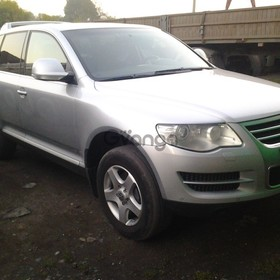 Volkswagen Touareg 3.0d AT (224 л.с.) 4WD 2008 г.