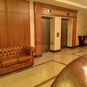 Сдается офис в аренду   230 м² Рыльский ул., метро Золотые ворота
