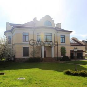 Продается дом 883 м² ул. Плютовская,