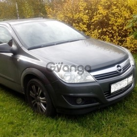 Opel Astra 1.8 AT (140 л.с.) 2010 г.