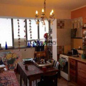 Продается квартира 1-ком 42 м² ул. Ахматовой Анны, 13 А, метро Позняки