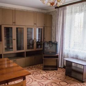 Сдается в аренду квартира 2-ком 44 м² Космонавтов44